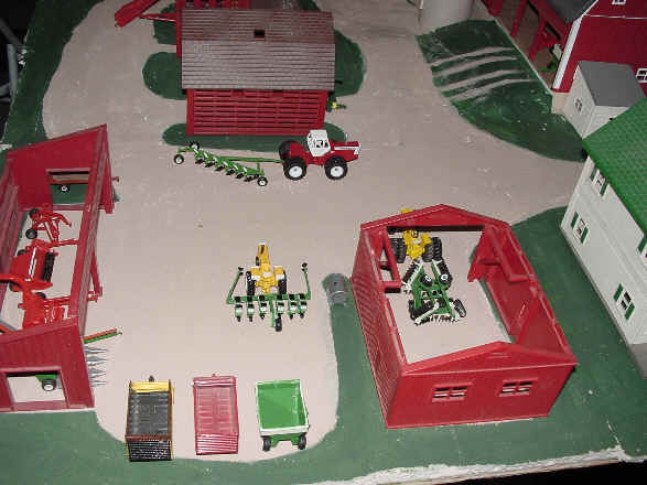 Other Pieces Like The Minneapolis Moline G 1355 Came From Matsen Miniatures New Idea Uni Harvester Was Made By J S Farm Toys And Holland Fx 58