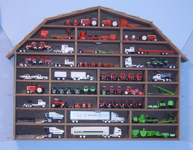 Maintaining Your Farm Toy Collection   March 2006   The Toy Tractor Times  Online Magazine. «